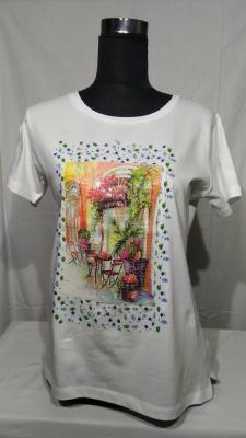 camiseta estampada dibujo relieve